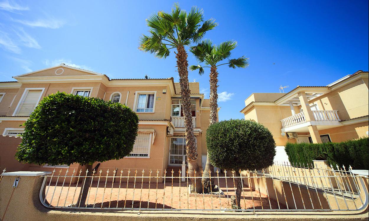 Buy bungalow on Costa Blanca
