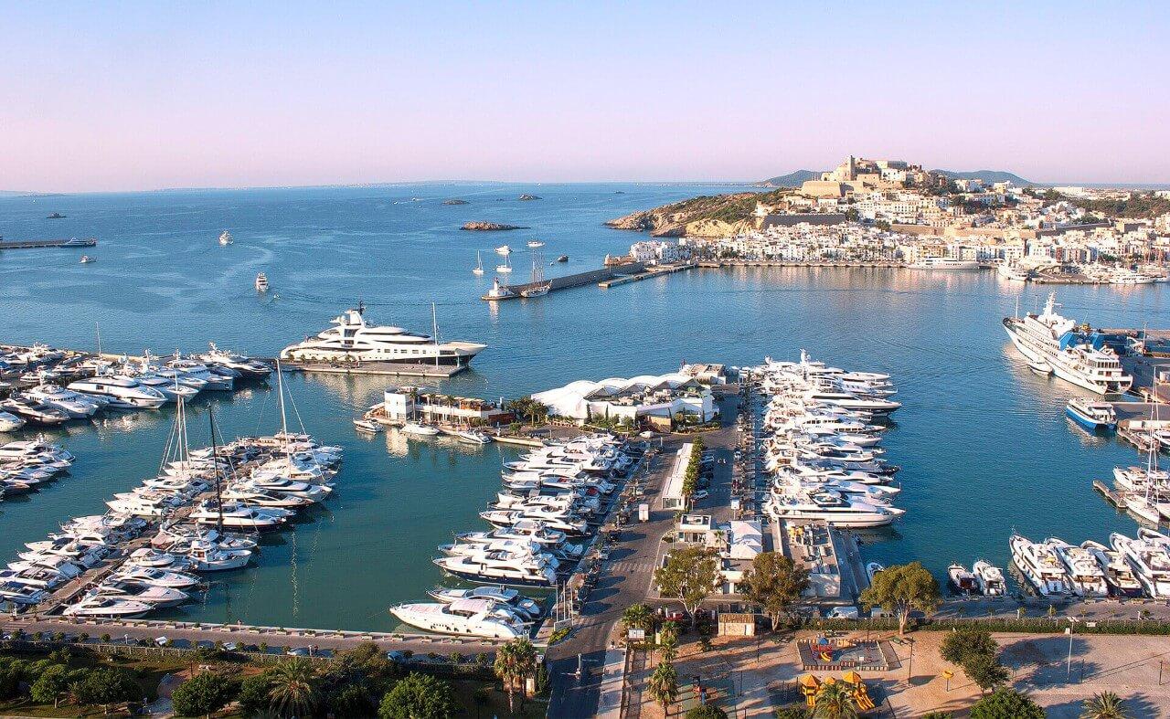 yacht club Marina de Las Dunas